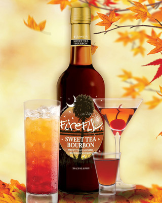 Warm Up with Firefly Sweet Tea Flavored Bourbon Cocktails!  As the nights grow cooler it's time to light a fire and plan your fall festivities. Tailgates, campfires and backyard barbecues are just a few occasions for roasting and toasting the new season and we have the perfect recipes to help you turn up the flame!  (PRNewsFoto/Firefly Distillery)