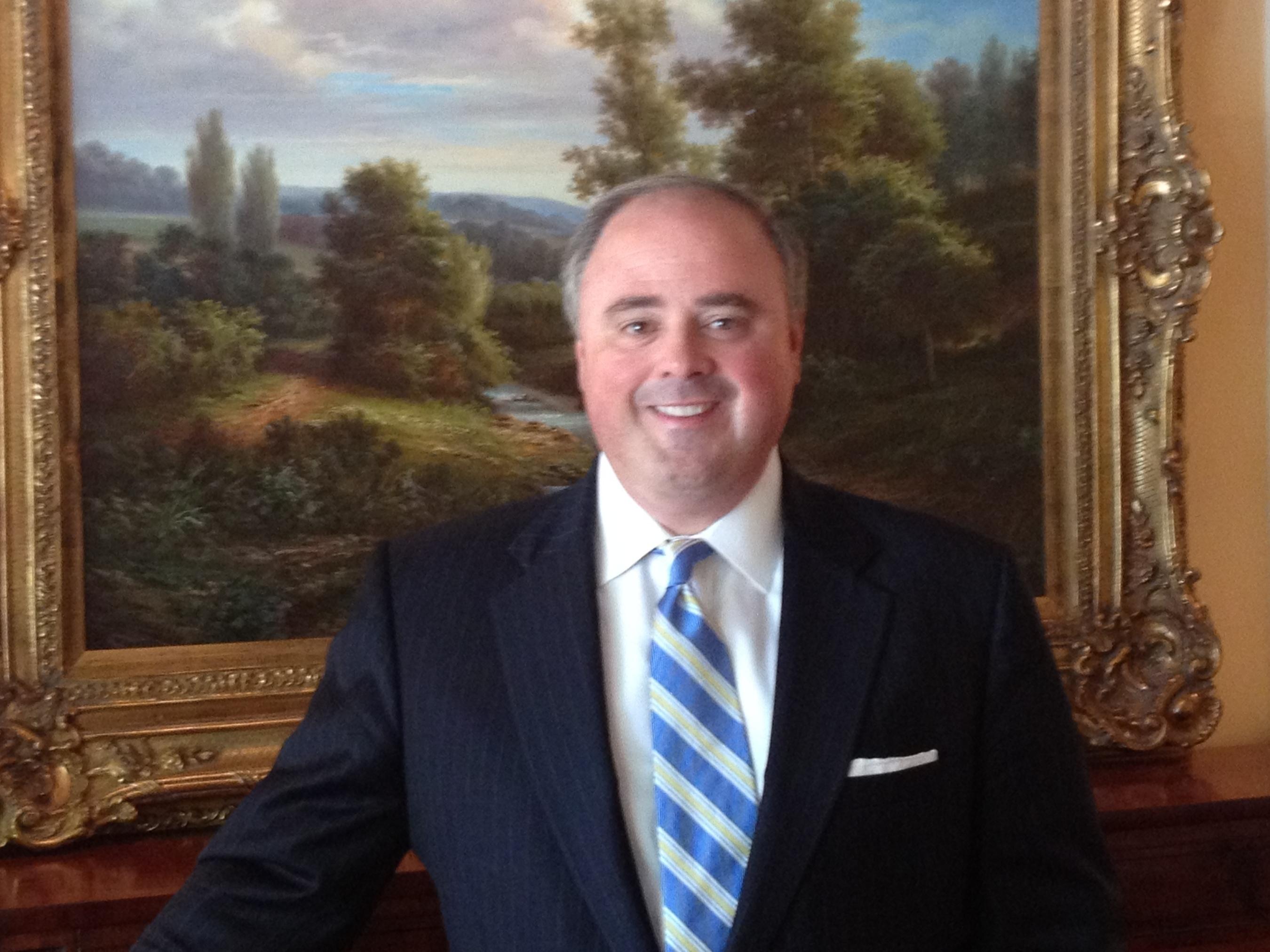 AdvisorHub Names Tony Sirianni New CEO, Hires Editors