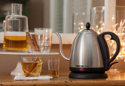 "Carried by specialty kitchen retailers nationally (www.BonavitaWorld.com), the Bonavita Gooseneck Electric Kettle offers expert pour control and elegant design. Lauded by the Los Angeles Times and Food 52, it comes in three styles and is a kitchen staple for making coffee, tea and boiling water for pasta.  The Variable Temperature version is excellent for making just-right, not too hot ""kid's cocoas"", plus hot toddies and cocktails.  The kettle's sleek lines dress up the home bar beautifully for entertaining. (Stovetop Kettle 29600 MSRP $44.99; Standard Gooseneck Electric Kettle 29601 MSRP $69.99; Variable Temperature Gooseneck Electric 29602 MSRP $104.99.)  (PRNewsFoto/Bonavita)"