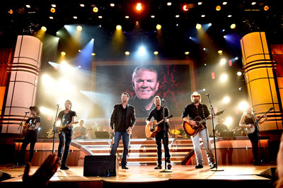 Photo L-R: Shannon Campbell, Keith Urban, Blake Shelton, Dierks Bentley and Toby Keith performing at the 10th Annual ACM Honors in tribute to Glen Campbell. Photo Credit: Getty Images/John Shearer/Courtesy of the Academy of Country Music