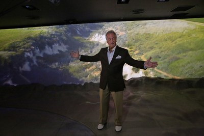 Pat Boone sings 'This Land is Mine' at the Friends of Zion Museum