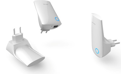 TP-LINK Wall Socket-Mounting Wireless Range Extender Conveniently Expands Networks.  (PRNewsFoto/TP-LINK)