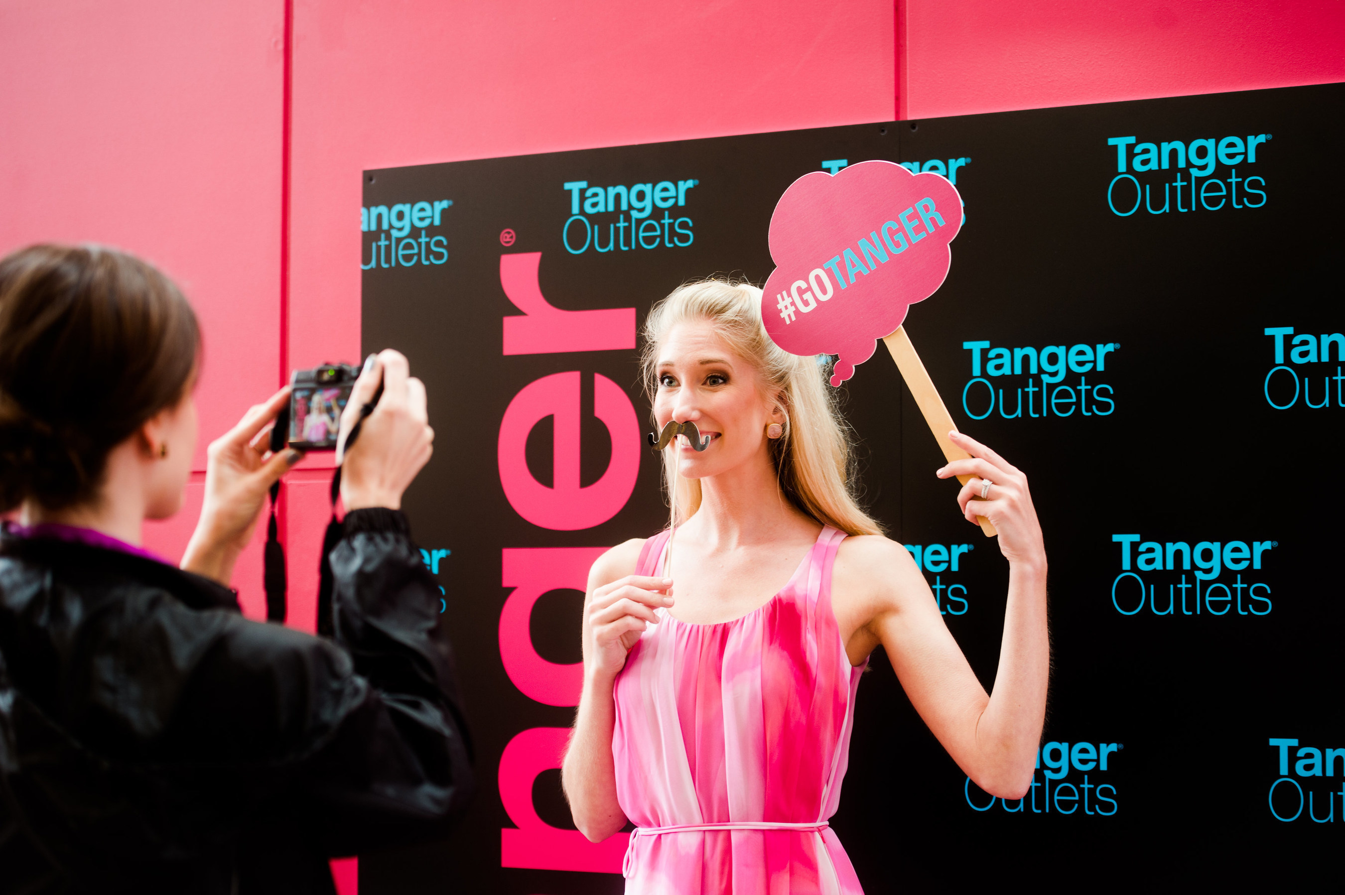 Tanger Instagram Lounge with Stylist Briana Gurley