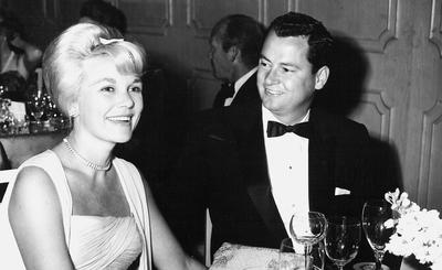 Marilyn and Barron Hilton. (PRNewsFoto/Conrad N. Hilton Foundation)