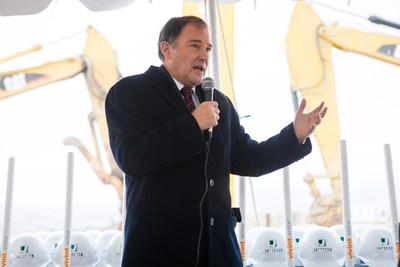Utah Governor Gary Herbert congratulates Vivint Solar employees on a successful corporate groundbreaking in Lehi, Utah
