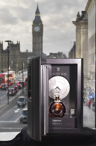 "Louis XIII safe arrives in London containing ""100 Years - the movie you will never see"" ..."