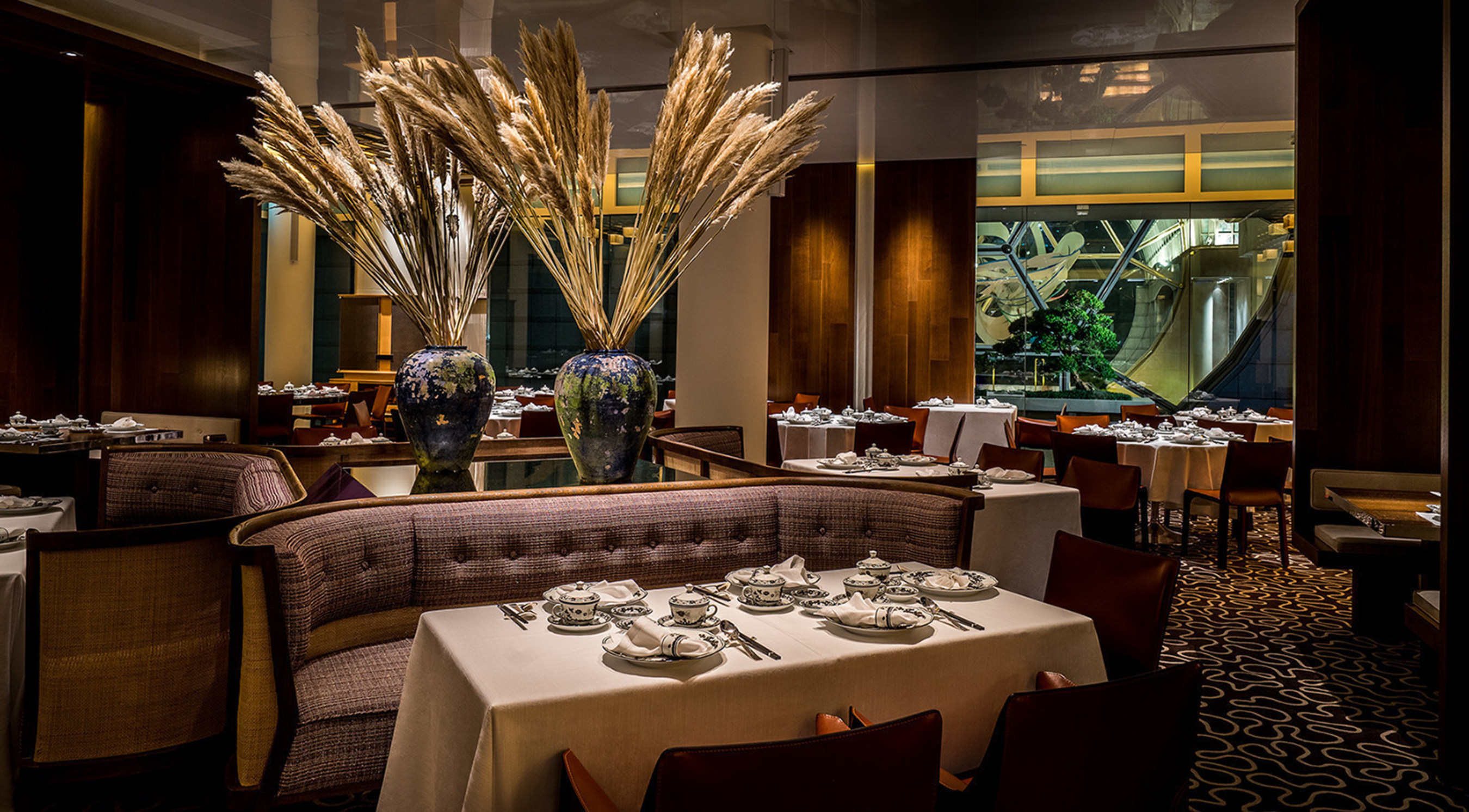 Summer Pavilion at The Ritz-Carlton, Millenia Singapore Awarded Its First Michelin Star