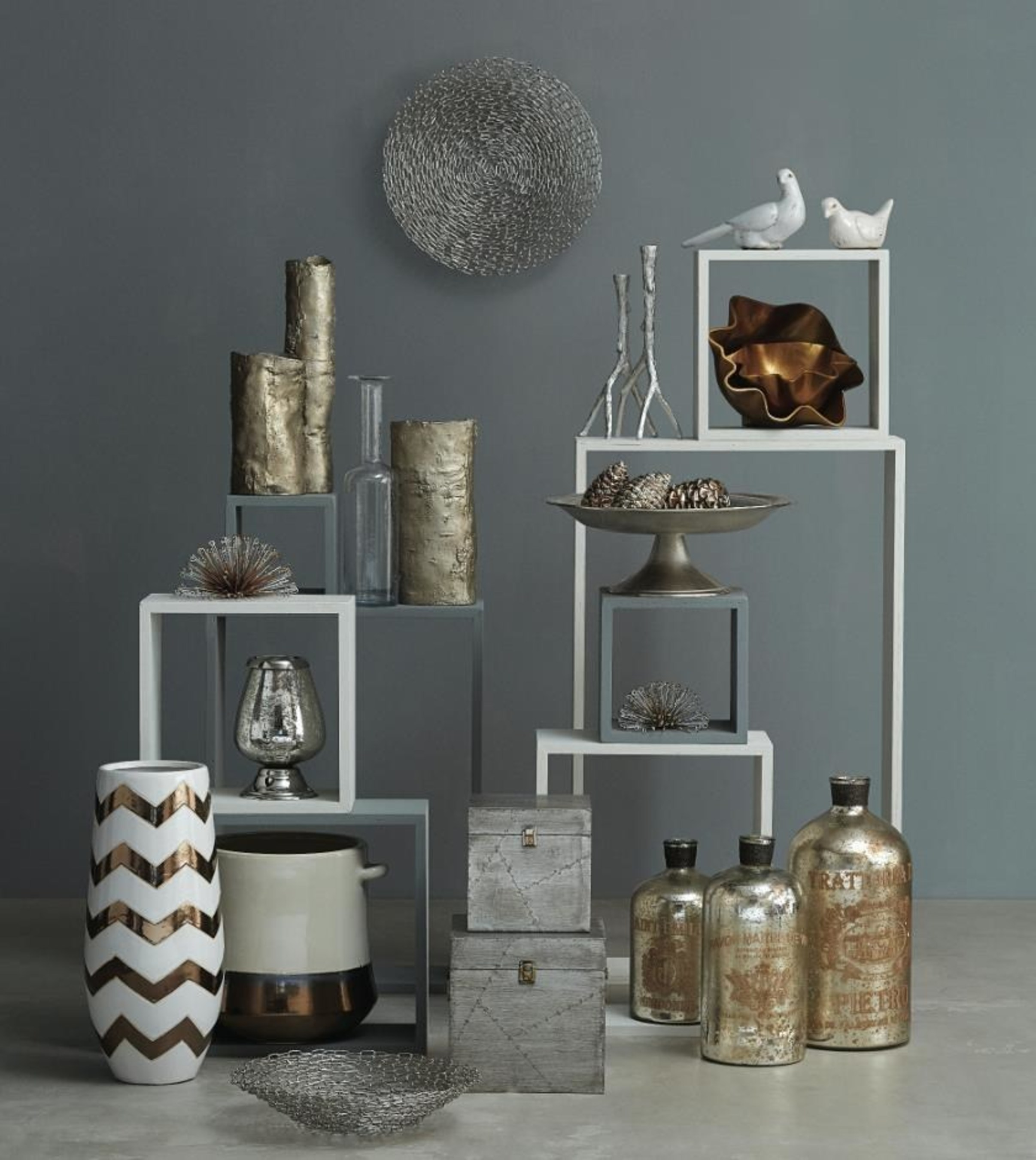 Home Decor Accessories: Art.com Completes Its Home Decorating Experience With