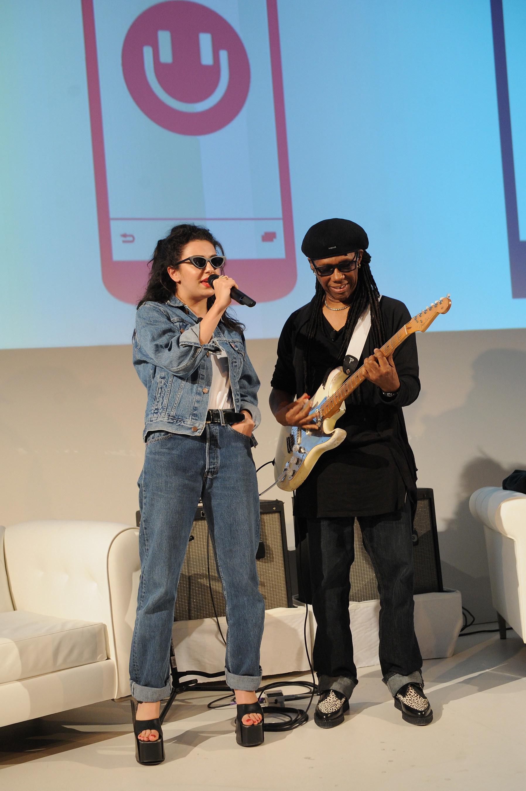 Spoločnosť MixRadio spúšťa najosobnejšiu a pre používateľov najjednoduchšiu hudobnú streamovaciu