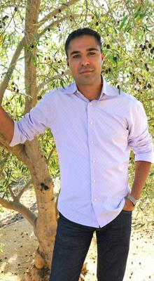 Andre Crisp, CEO Luna Vineyards, Inc. & The Luna Collection.  (PRNewsFoto/Luna Vineyards, Inc.)