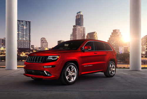 "2014 Jeep(R) Grand Cherokee SRT Named ""SUV of the Year"" by Esquire.  (PRNewsFoto/Chrysler Group LLC)"