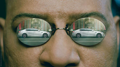 """Kia will use the Big Game to showcase the all-new K900 luxury sedan in a 60-second spot featuring Laurence Fishburne reprising his iconic role as Morpheus from """"The Matrix"""" film trilogy. (PRNewsFoto/Kia Motors America) (PRNewsFoto/KIA MOTORS AMERICA)"""