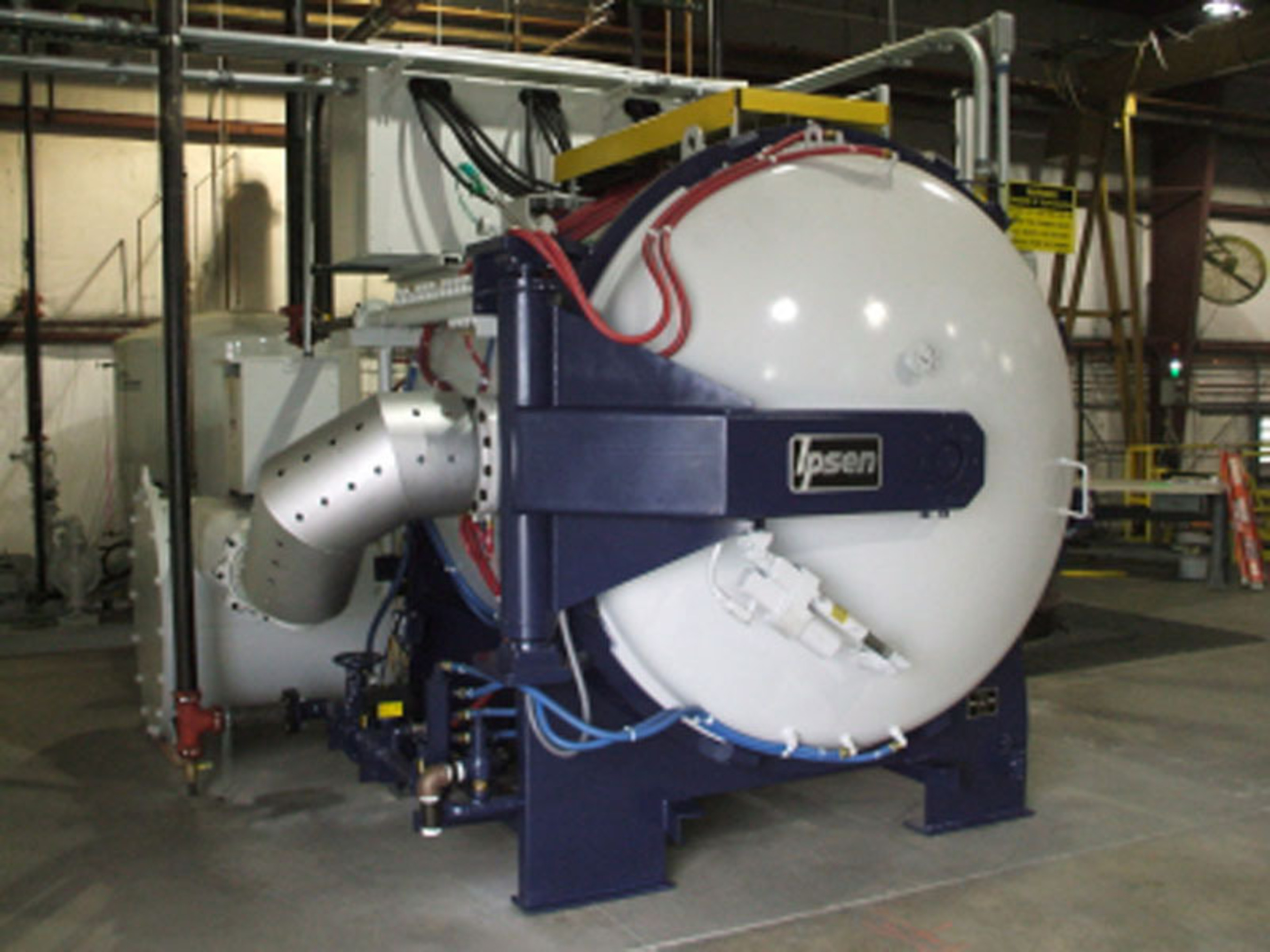 IPSEN(R) Vacuum Furnace provides heat treating to 2400 degrees F and 10(-6) Torr with a heat exchanger for quenching and is designed to operate multiple shifts 24/7.  (PRNewsFoto/Metallurgical High Vacuum Corporation)