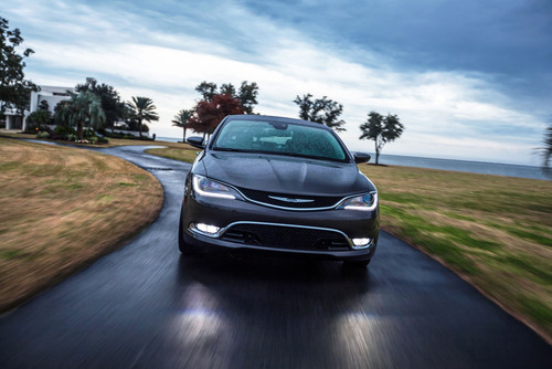 The new 2015 Chrysler 200 makes its Colorado debut at the Denver Auto Show happening April 9-13 at the Colorado Convention Center.  (PRNewsFoto/Chrysler Group LLC)