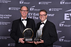 Entrepreneurs, from left to right, Bruce Steffey, President and COO, and Reade Fahs, CEO of National Vision, named the EY Entrepreneur Of The Year 2015 National Award recipients in the Retail and Consumer Products category.