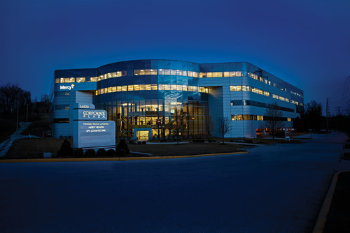 An affiliate of Westport Capital Partners LLC purchased Corporate Plaza in suburban St. Louis. Transwestern brokered the sale on behalf of Invesco Real Estate. The 210,409-square-foot, five-story office building is located at 14528 S. Outer 40 in Chesterfield, Mo. Invesco was exclusively represented by Transwestern's Nussbaum and Thomas Gorman, managing director, and David Matheis, senior associate, along with Balke Brown Transwestern's Principal Mike Donovan.  (PRNewsFoto/Transwestern)