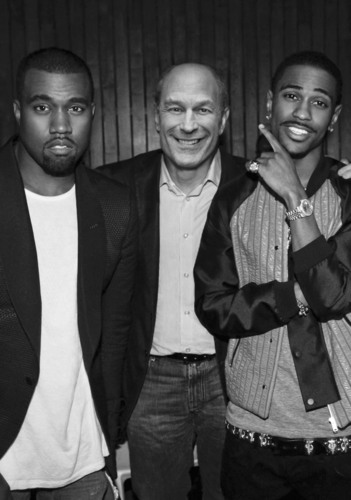 (L-R) Kanye West: Barry Weiss [Chairman and CEO of Universal Motown Republic Group and Island Def Jam Music ...