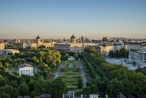 Vienna achieves 6th successive overnight record in 2015 (PRNewsFoto/Vienna Tourist Board)