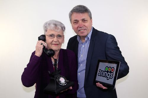 Founder of 3rings Steve Purdham with his mother Iris (PRNewsFoto/3rings)