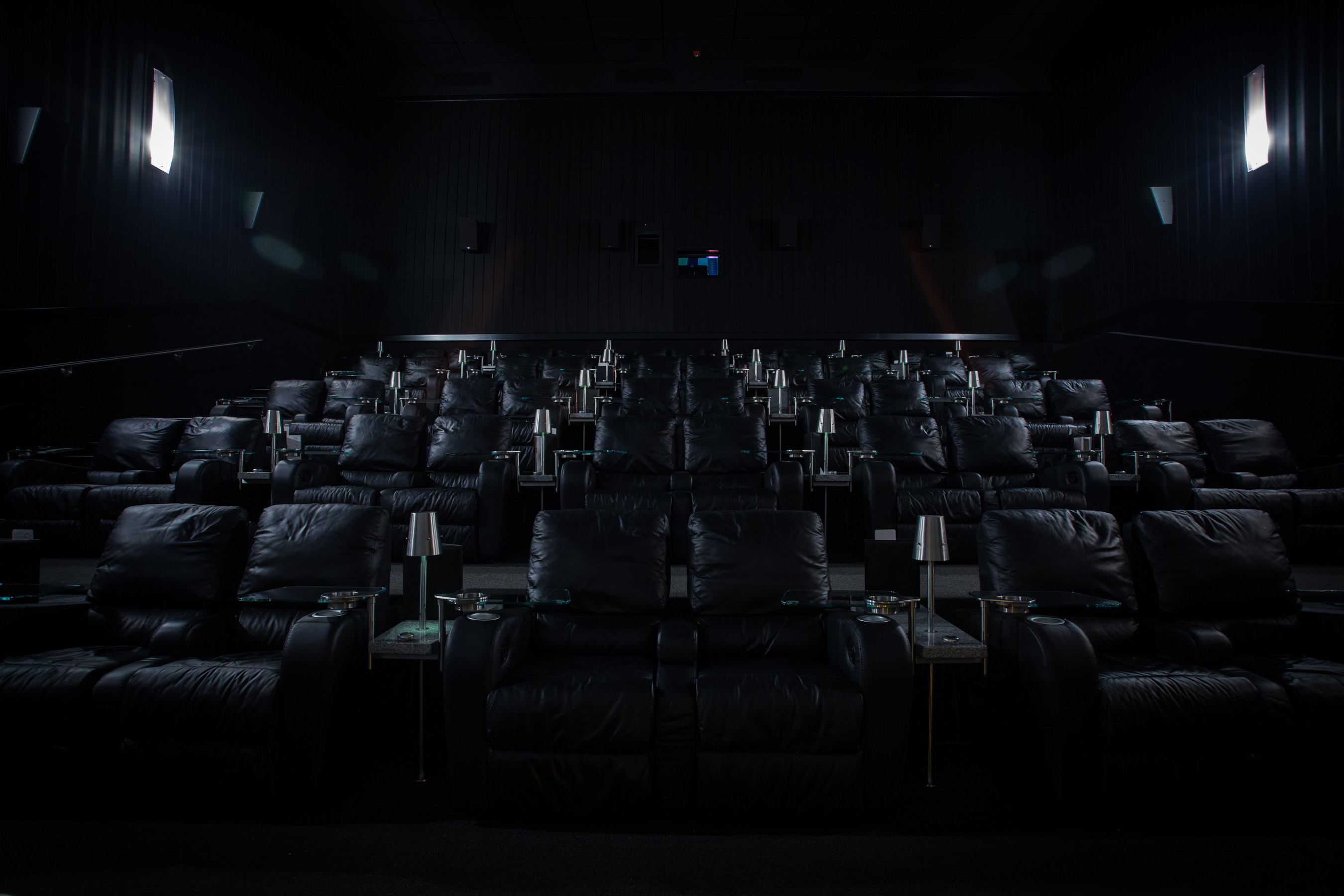 The 1,400 seat complex will host 12 duo screens, dine-in cinemas with private viewing rooms, oversize seating and Cinemex X4D.