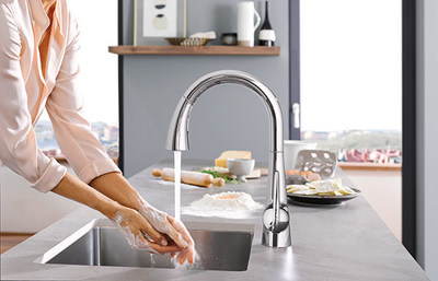 grohe introduces hands free kitchen faucet with foot. Black Bedroom Furniture Sets. Home Design Ideas