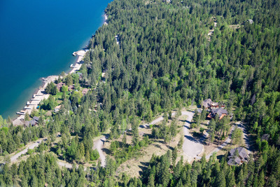 Auction July 18th 3 Homes + 4 Lots - Sandpoint, Idaho by Concierge Auctions StillwaterPointAuction.com.  (PRNewsFoto/Concierge Auctions)