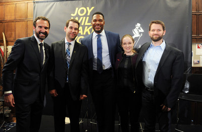 Steve Wilson, Doug Ellin, Michael Strahan, Eva Hakansson, Dr. Matt Killingsworth celebrate the launch of Johnnie Walker's Joy Will Take You Further global campaign at The Explorers Club September 29