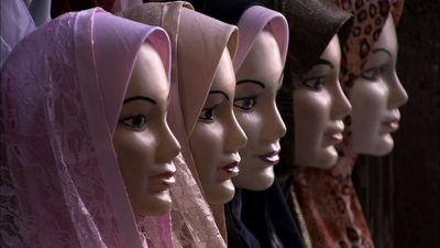 Mannequins with hijabs on. (PRNewsFoto/Pyramedia)