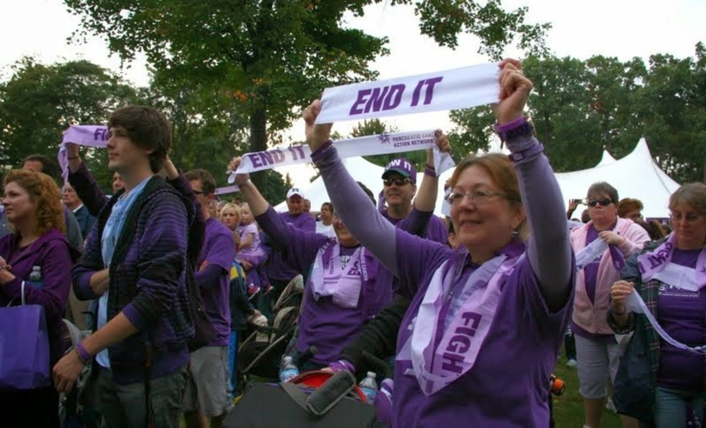 Previous years PurpleStride Detroit event participants raising awareness about pancreatic cancer