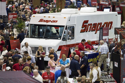 Record Turnout at Snap-on Tools' Franchisee Conference in Orlando.  (PRNewsFoto/Snap-on Tools)