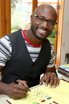 Taye Diggs behind-the-scenes of a PSA shoot for a Kellogg's and Scholastic literacy campaign and #minimoments, on Monday, Aug. 19, 2013 in Los Angeles.     (Photo by Casey Rodgers/Invision for Kellogg's/AP Images).(PRNewsFoto/Kellogg Company, Casey Rodgers)