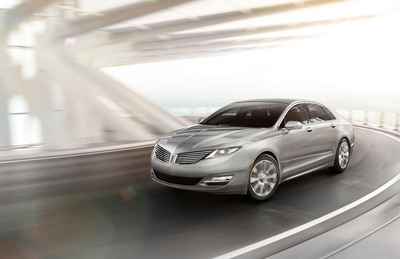 The all-new Lincoln MKZ makes its debut at the New York International Auto Show, marking a key milestone in Lincoln's reinvention.  (PRNewsFoto/Lincoln)