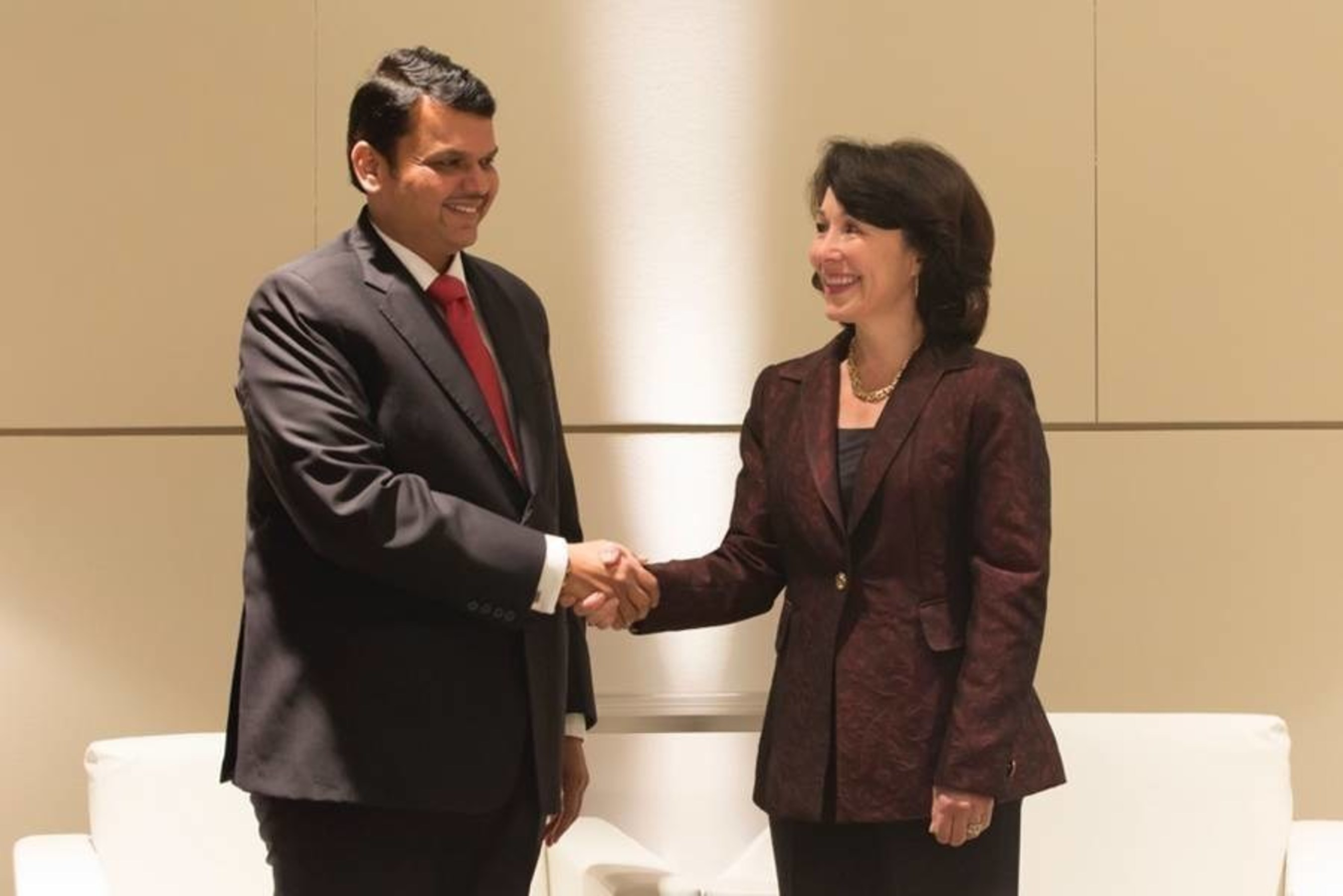 Oracle and the Government of Maharashtra Sign Memorandum of Understanding to Help Accelerate Digital Transformation