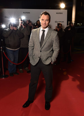 """Actor Jude Law stars in """"The Life RX"""", a new immersive theatre experience and performance celebrating the launch of the boldly designed new Lexus RX on February 9, 2016 in London, England.  (Photo by Gareth Cattermole/Getty Images for Lexus) (PRNewsFoto/LEXUS)"""