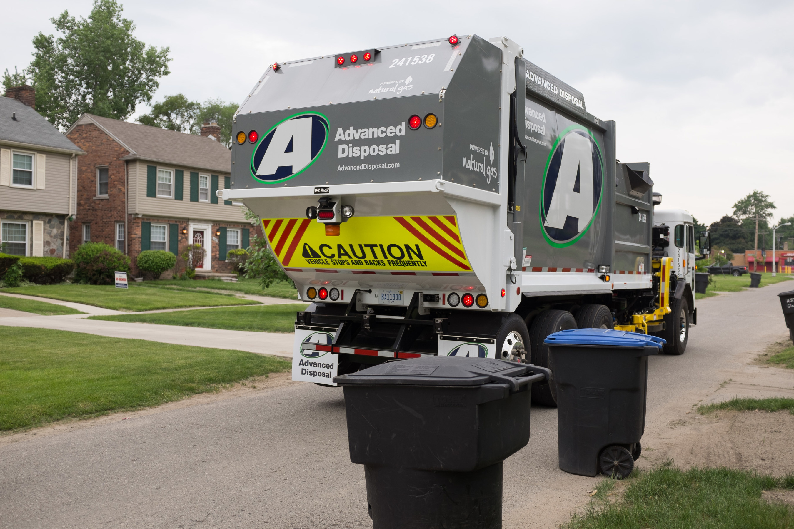 Advanced Disposal automatic-side loading, compressed natural gas truck providing collection services in Detroit, Mi.