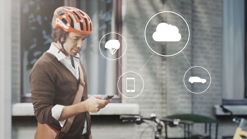 Volvo Cars connects cyclists and cars through cloud. (PRNewsFoto/PR NEWSWIRE EUROPE) (PRNewsFoto/PR NEWSWIRE EUROPE)