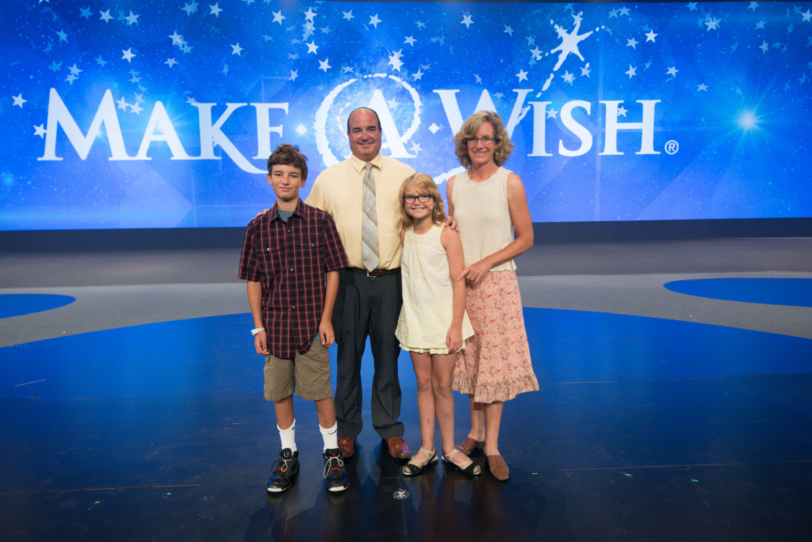 San Diego Make-A-Wish child Tanika and her family celebrate her wish reveal at Isagenix's Celebration 2015.