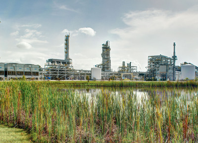 INEOS Bio started production of commercial-scale bioethanol at its first facility near Vero Beach, Florida. The Indian River BioEnergy Center is producing commercial quantities of transportation fuel from vegetative and wood waste, and at the same time exporting renewable power to the local community. The Center is also permitted to utilize municipal solid waste (MSW), quantities of which will be used for bioethanol production at the Center during 2014. Production is a major milestone in the deployment and maturation of advanced biofuels. INEOS Bio fuels will anchor new production of cellulosic ethanol under the US Renewable Fuels Standard (RFS).  (PRNewsFoto/INEOS Bio)