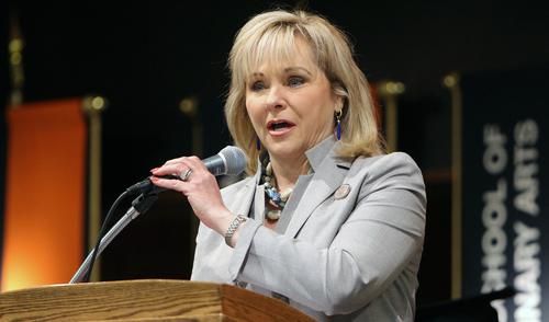 Okla. Gov. Mary Fallin addresses students at 2014 spring commencement at OSU Institute of Technology (PRNewsFoto/OSU Institute of Technology)