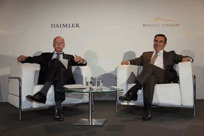 Daimler CEO Dieter Zetsche and Renault-Nissan Alliance CEO Carlos Ghosn at joint press conference in Paris.Credits: Stephane Foulon
