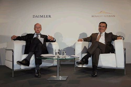 Daimler CEO Dieter Zetsche and Renault-Nissan Alliance CEO Carlos Ghosn at joint press conference in ...