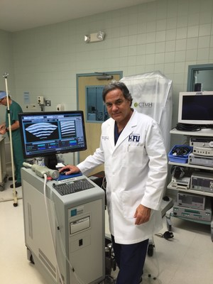 Dr. George Suarez with Sonablate HIFU Device