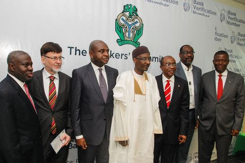 Group photo at the opening ceremony of the DERMALOG biometric system for Nigeria's banks - including the Governor of the Central Bank, Sanusi Lamido Sanusi (centre), and the CEO of DERMALOG, Günther Mull (second from left).
