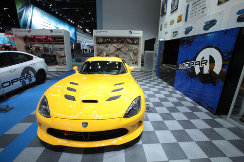 1,015 sq.-ft. Mopar Garage to be displayed at the 2013 Chicago Auto Show.  (PRNewsFoto/Chrysler Group LLC)