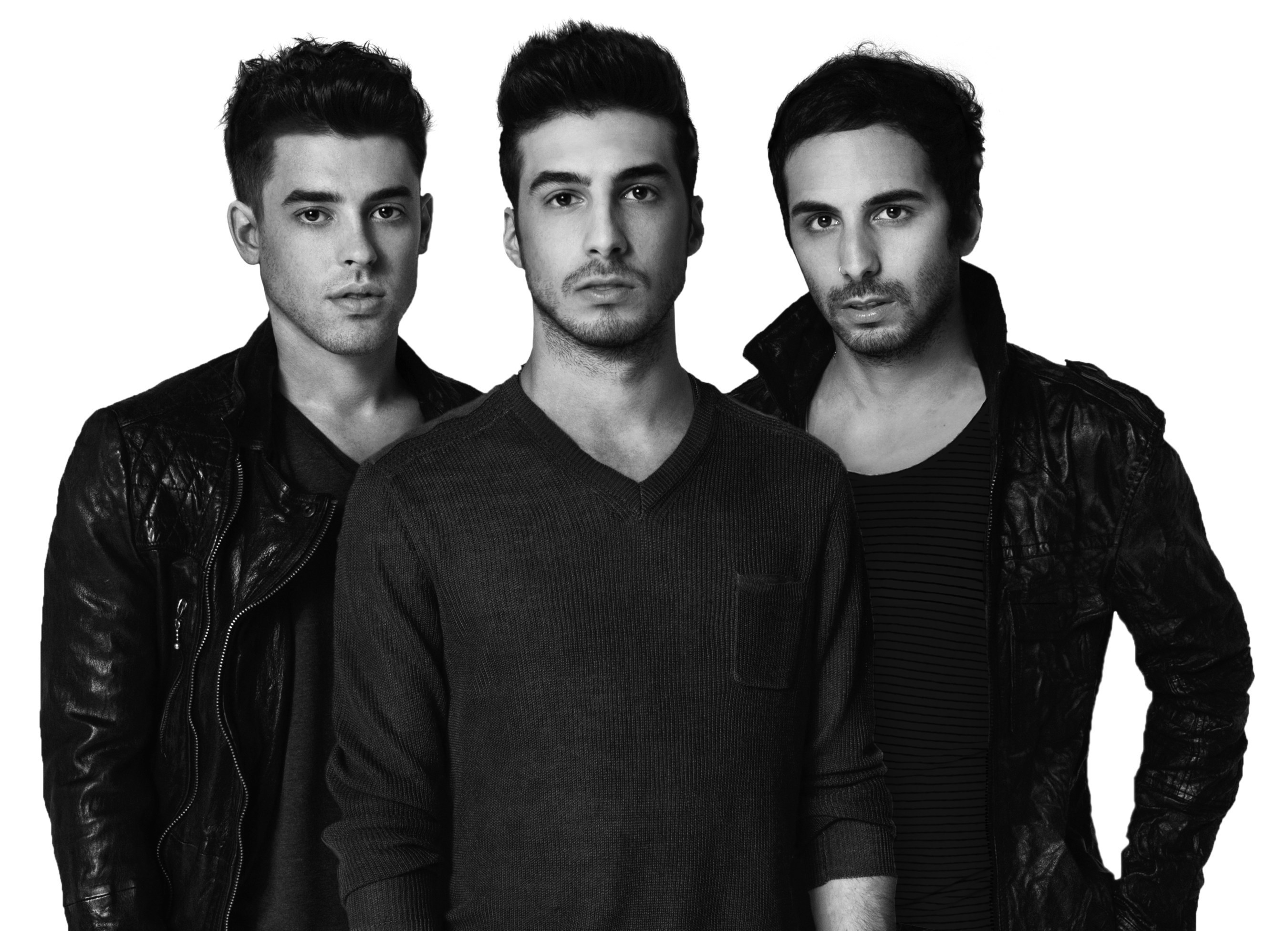 Electronic Dance Music group Cash Cash will headline the Budweiser Made In America Monument Series concert in San Francisco on August 15, 2015, along with rapper E-40 and indie rocker Day Wave.