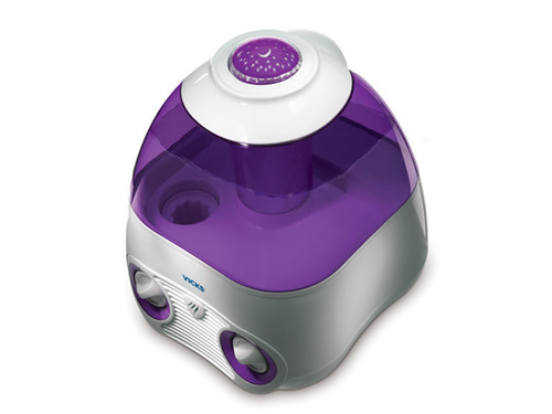 """Vicks Starry Night Humidifier Available Now in New Colors Exclusively at Babies""""R""""Us.  (PRNewsFoto/Kaz)"""