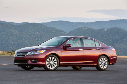Honda Sets All-Time December Sales Record to Earn 2nd Best Annual Sales Total for American Honda; Acura Light Trucks Post Best Year in Brand History. (PRNewsFoto/American Honda Motor Co., Inc.) (PRNewsFoto/AMERICAN HONDA MOTOR CO., INC.)