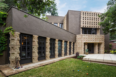 """Lloyd Wright's Derby House, called one of the architect's """"strongest achievements"""" by UCLA historian Thomas Hines, has been listed by Aaron Kirman, President of Aaroe Estates, the luxury property division of John Aaroe Group."""