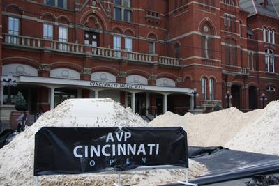Fairmount Minerals sand distributed at the AVP Volleyball Tour.  (PRNewsFoto/Fairmount Minerals)