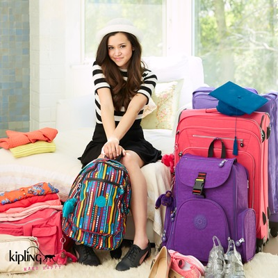 Megan Nicole joins Kipling for its #Back2Kipling Campaign (PRNewsFoto/Kipling)